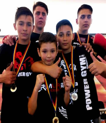 campionii power gym craiova